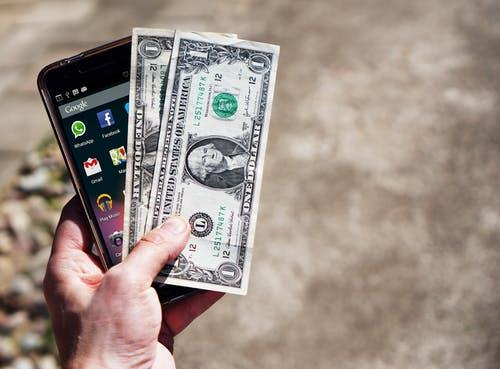 mobil peníz
